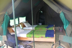 AVT-SAFARI-TENT-TWIN-BEDS-10